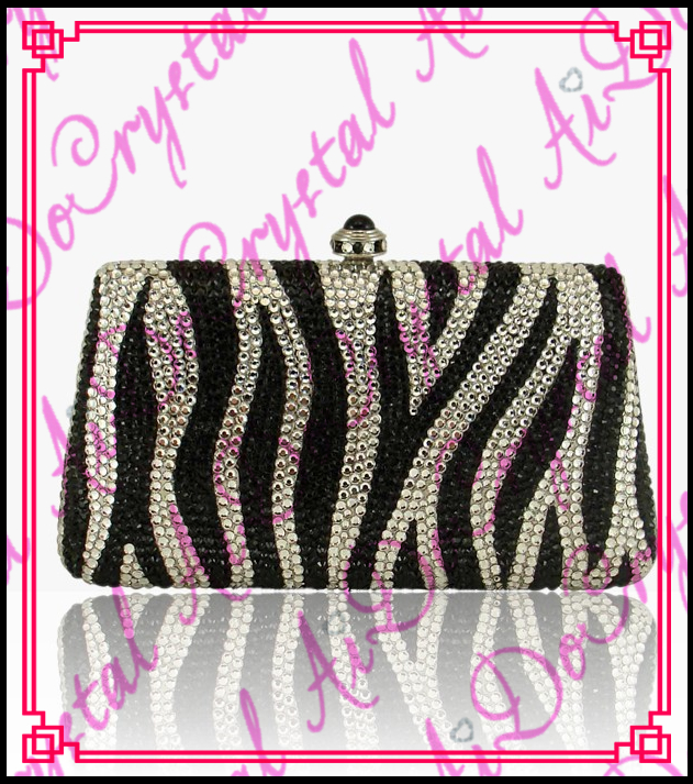 Aidocrystal classic black and white stripe crystal handmade clutches new design women party wear handbags