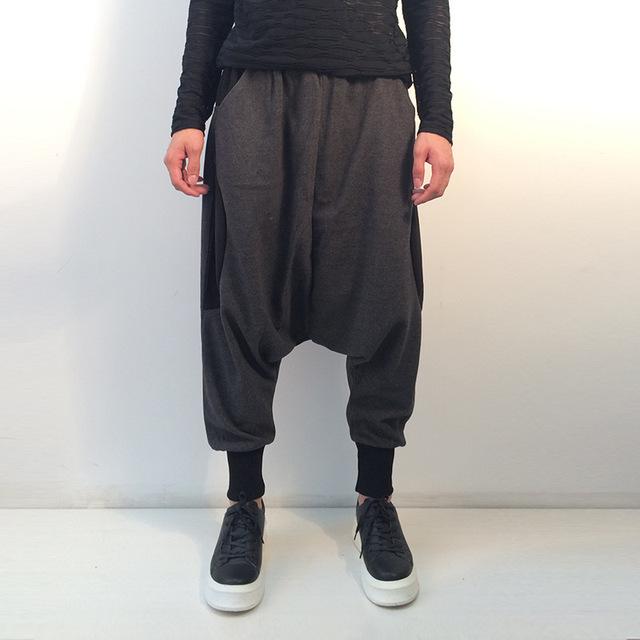 Homens Soltos Calça Casual de Alta Qualidade Calças Moda Harem Pant Sweatpant Masculino Cruz Splice Baixo Virilha Calças de Dança dos homens 8053