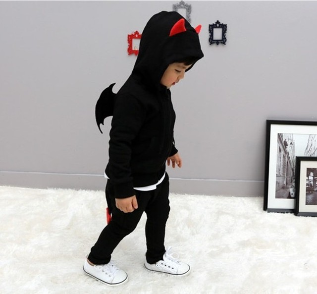 Дети Весна Осень одежда Дьявол крылья спортивные костюмы мальчики твердые хлопок комплектов одежды с длинными рукавами пуловер с капюшоном одежда
