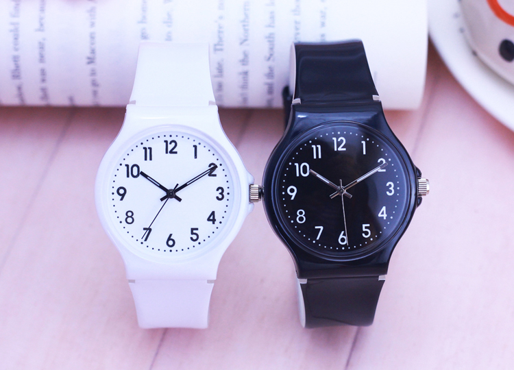 2019 Famous Brand Female Couple Female Students All Digital Simple High Quality Quartz Watch Children's Gift Waterproof Watch