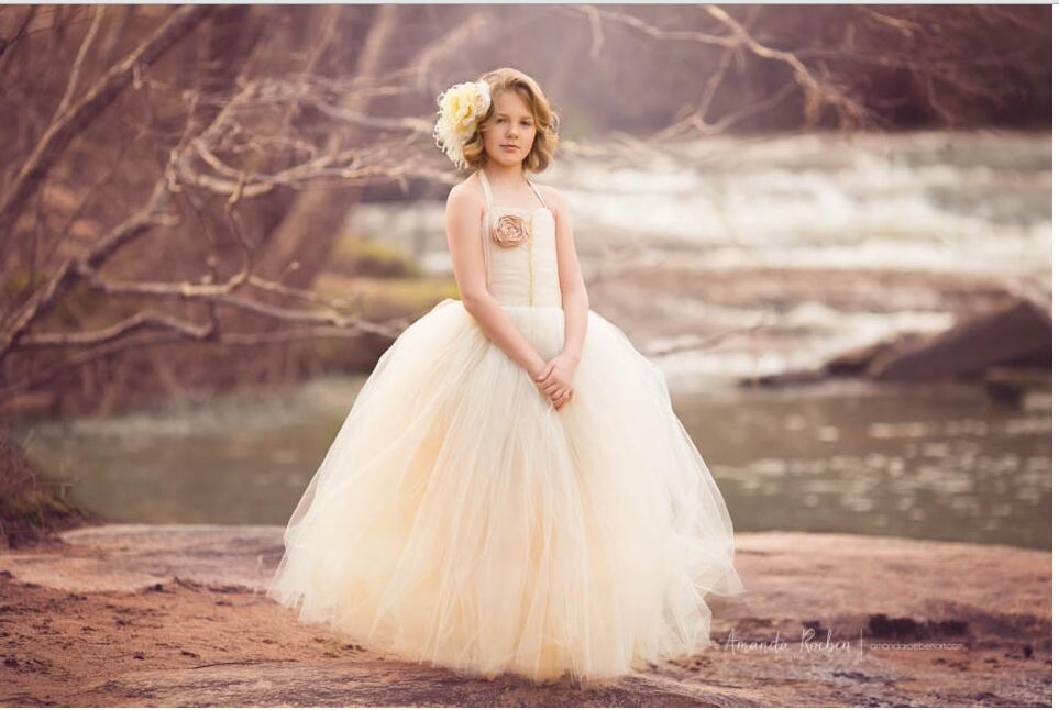 Champagne tulle ball gown floor length puffy halter 2016   flower     girl     dress   tutu birthday party gown for wedding