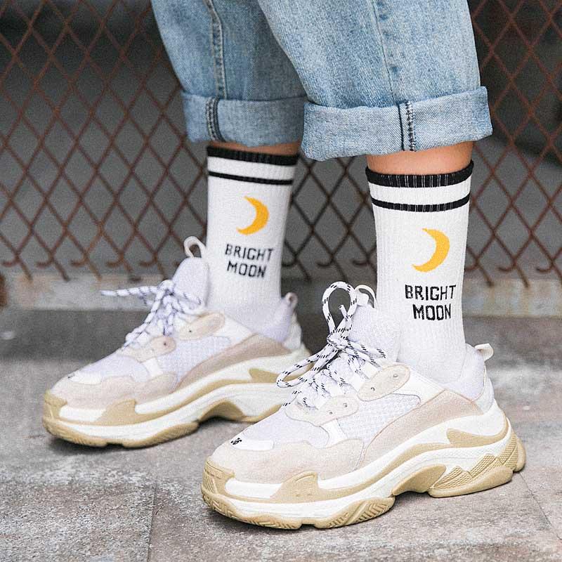 Bright Moon Cotton Socks Korean Harajuku English Letter Chaussette Femme Funny Socks Hip Hop Skateboard Crew Sokken