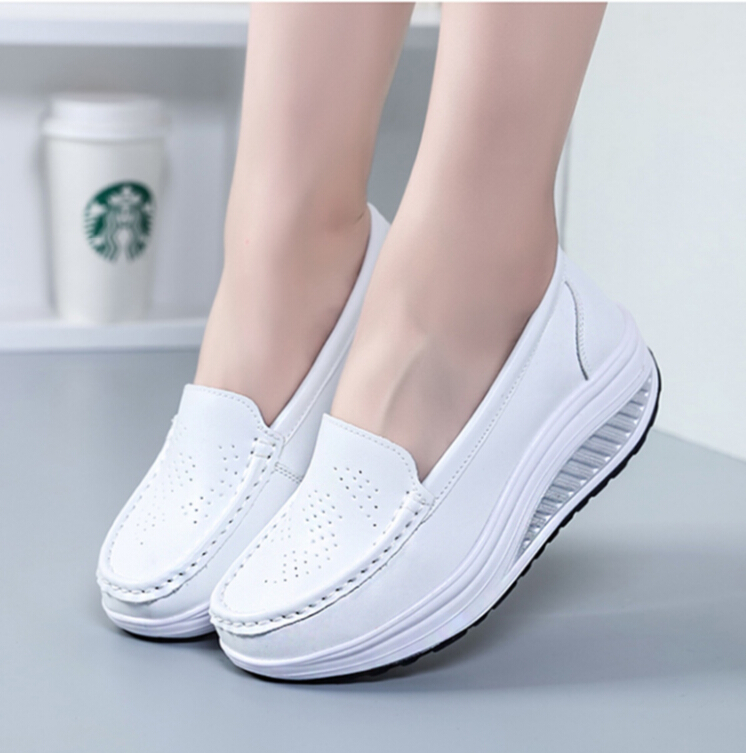 2018 Women Large base platform leather shoes female flats shoes girl casual comfort low heels flat loafers nurse slip on shoes