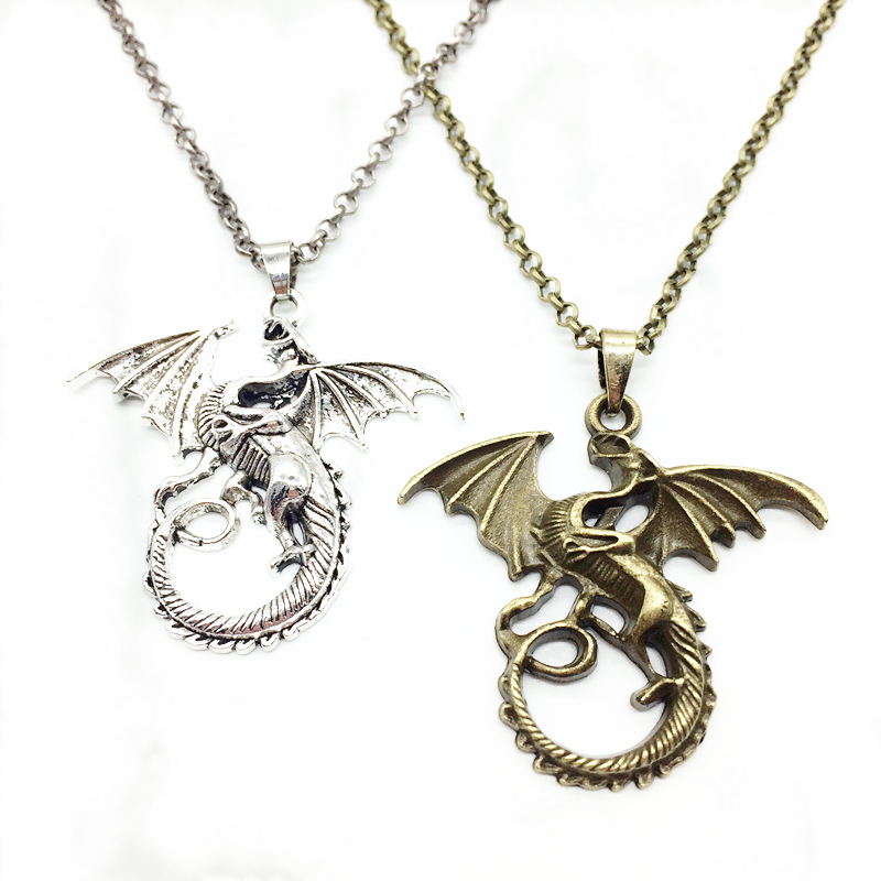 2pcs Creative Flying Dragon Design Antiqued Style Alloy Charms Long Sweater Chain Trendy Pendant Lover Necklace Jewelry For Gift