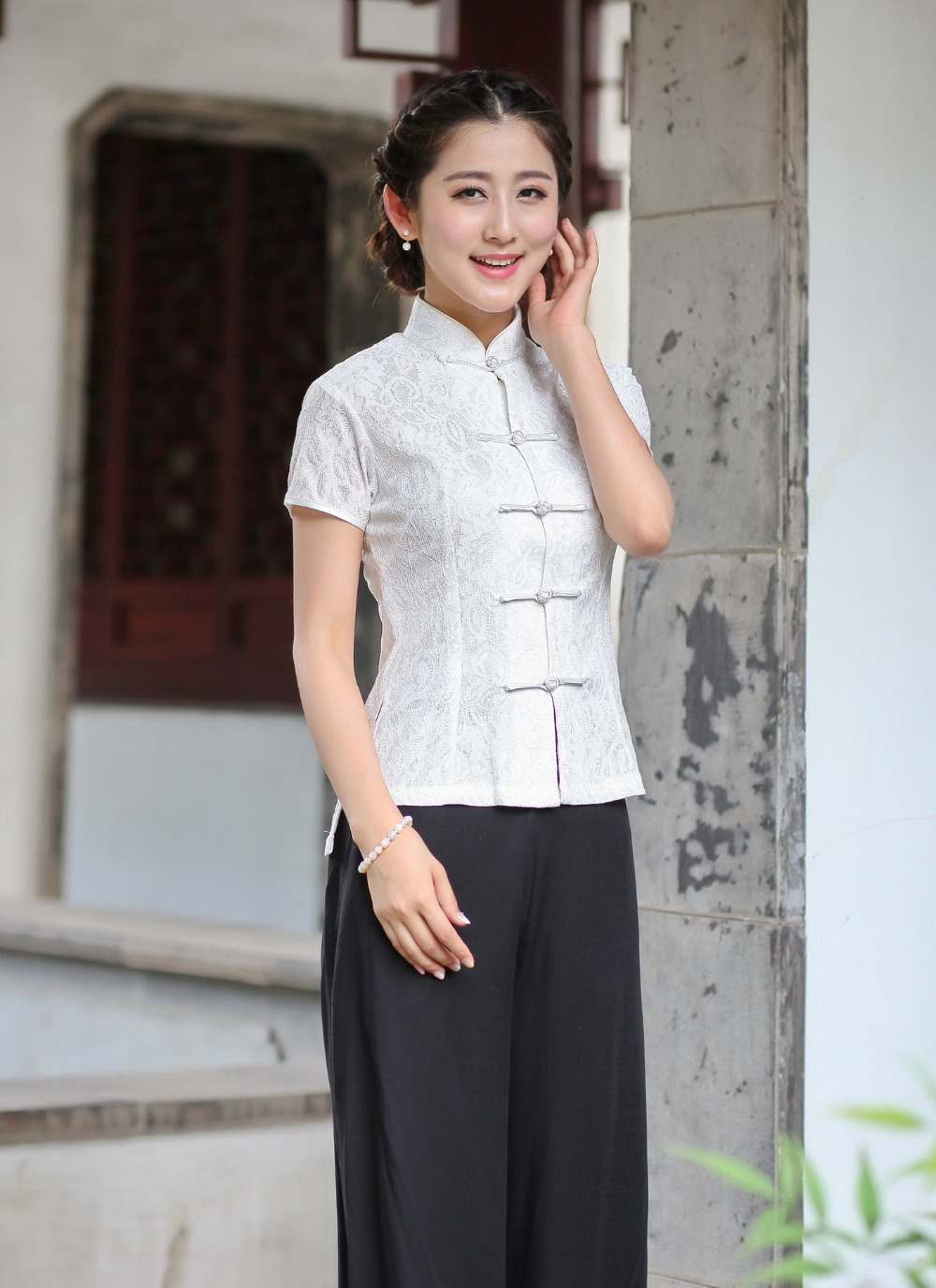 Chinese Traditional Costume Women's Lace Short-sleeve Shirt Size: M To 3XL