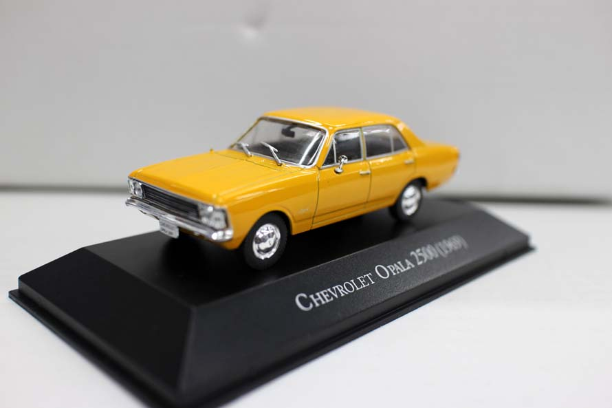 High Simulation 1969 Chevrolet Opala 2500 Model,1:43 Alloy Car Toys,metal Castings,collection Model,free Shipping
