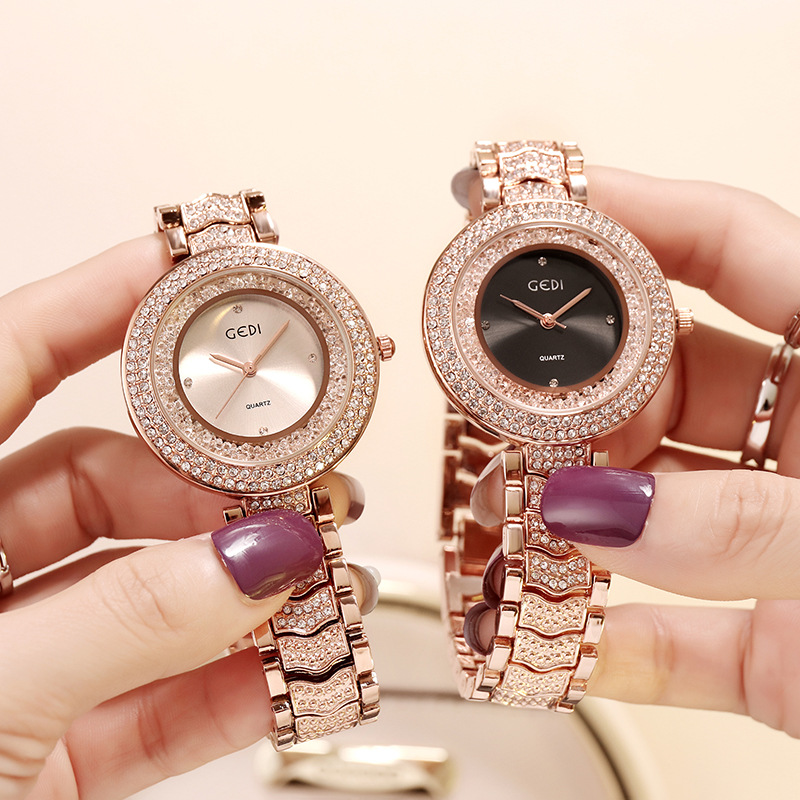 2018 New Fashion Luxury Diamond Steel Belt Ladies Watch Retro Womens Leisure