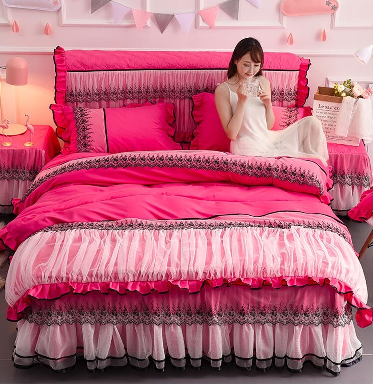 Rose Red Lace Bedspread Bed Skirt Romantic Princess Duvet Cover Set Bedsheet Pillowcases Wedding Bedding Set King Queen SizeRose Red Lace Bedspread Bed Skirt Romantic Princess Duvet Cover Set Bedsheet Pillowcases Wedding Bedding Set King Queen Size