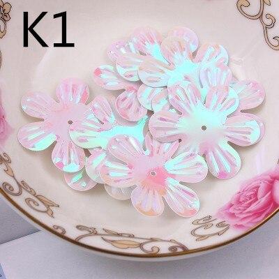 100Pcs/Lot 30mm White AB Color Brilliant colorful paillette flowers Center Holes PVC DIY Sewing Materials Sequins