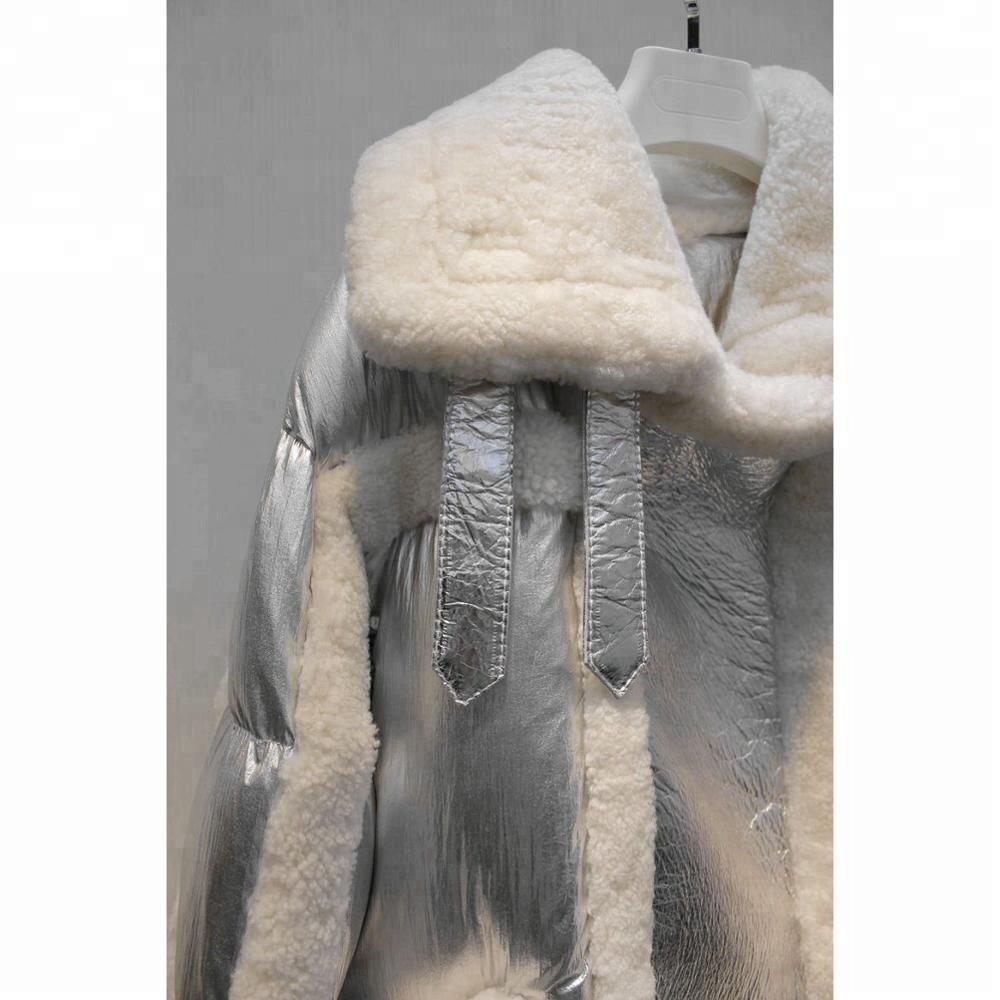 Des Design Revers Pardessus Une Manteau Élégant Moutons Mouton blanc noir Veste Mérinos Attrayant Peau Cuir En Doudoune La De D'hiver Ligne Vraie Fourrure Femmes Argent wnqrFXUwY