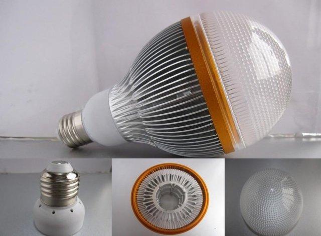 E27 base 12*1W led bulb;cool white;P/N:QP3W028