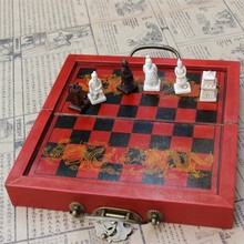 Chess Antique Three-dimensional Resin Piece Small Folding Board Set Travel Entertainment Gifts Parent-child Yernea