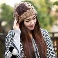 Temperamento moda invierno cálido engrosada suave del conejo del sombrero de lana de pelo hechos a mano de punto gorros de punto Skully