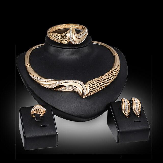 Hot Trang Sức Sets Đối Wedding Phụ Nữ Vàng màu Choker Necklace & Bông Tai và Bracelet & Nhẫn Thời Trang Giá Rẻ Đồ Trang Sức Trang Phục bộ