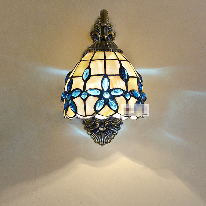 Lilac Shell Wall Lamp 3