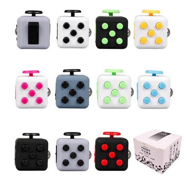 Fun Cadeau Anti-Stress Fidget Cube Soulage L'anxiété et Le Stress Juguet Pour Adultes Enfants Fidgetcube Bureau Spin Jouets