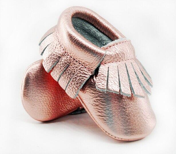 Brillo rosa de bebé de cuero genuino mocasines suaves oro rosa zapatos de chica de bebé infantil en primer lugar los caminantes flecos zapatos 0-30 mes 16 color