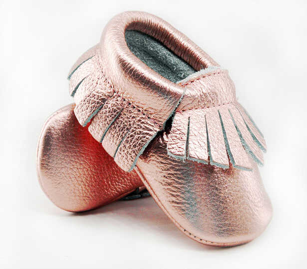 626cd3f80cad Shine Pink Genuine Leather Baby moccasins Soft Rose gold Baby girl shoes  First Walkers infant Fringe