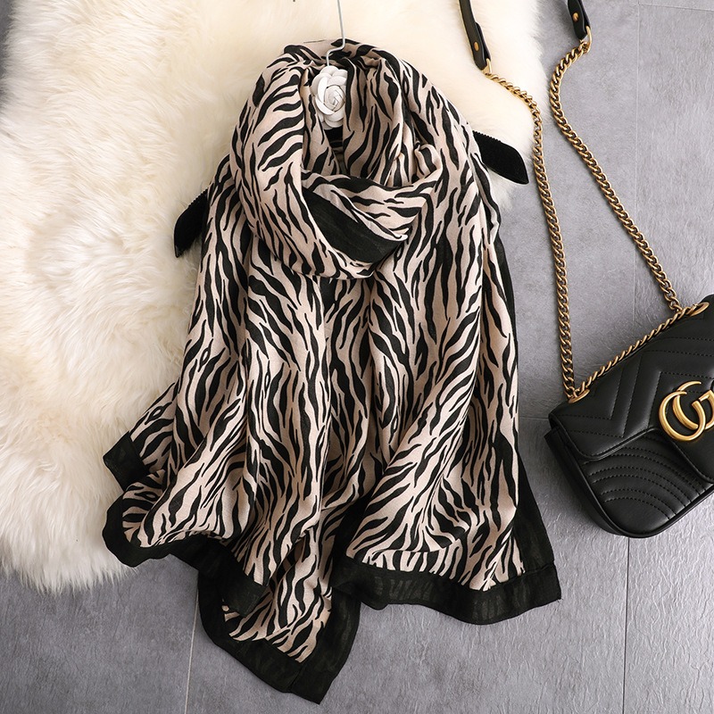 Hot 2019 Cotton Scarf Women Zebra Pattern New Polyester Viscose Ladies Scarves High Quality Soft Fashion Summer Shawls Female