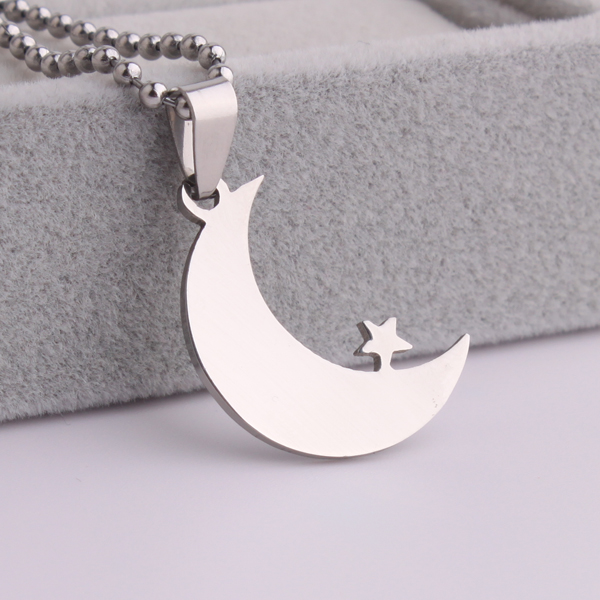 Sterling Silver Womens 1mm Box Chain 3D Eating Vulture Pendant Necklace