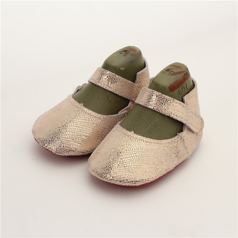 New First Walkers Baby Shoes real Leather Baby Moccasins Soft bottom Bebe newborn indoor shoes Free shipping