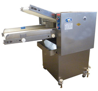 Automatic dough kneading machine/dough sheeter machine/dough pressuring machine/dough sheeter