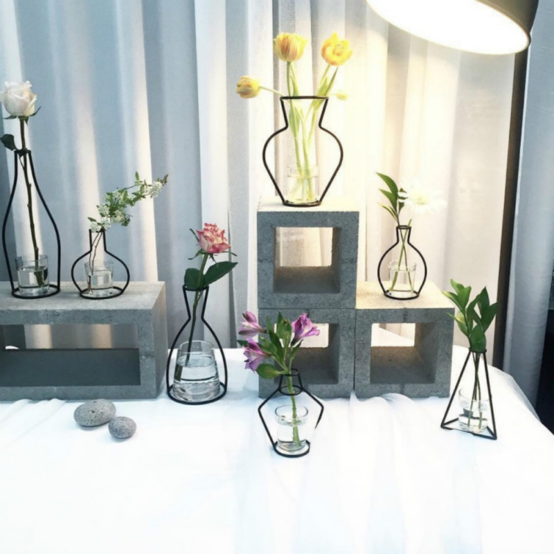 Home Party Decoration Vase Abstract Black Lines Minimalist Abstract Iron Vase Dried Flower Vase Racks Nordic Flower Ornaments