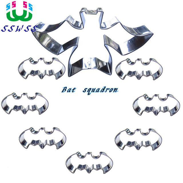 Super Cool Small Batman Shape Cake Cookie Biscuit Baking Molds