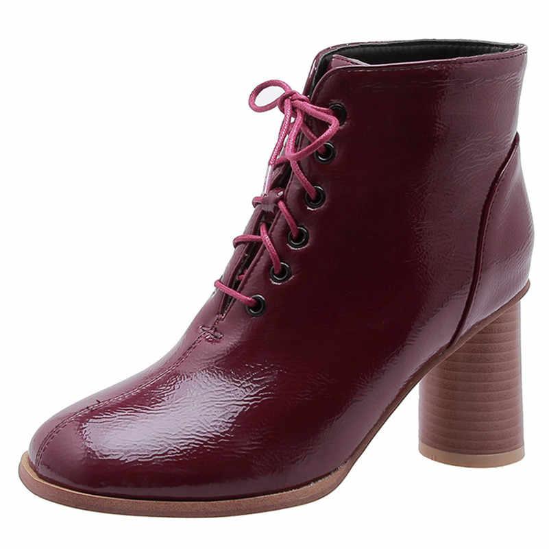 FEDONAS 2020 Sonbahar Kış Yeni Kaliteli Patent Deri Kadın yarım çizmeler Lace Up Yüksek Topuklu Sıcak kısa çizmeler parti ayakkabıları Kadın