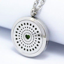 2017 New Love Hearts 30mm Aromatherapy Essential Oils Locket Pendant Stainless Steel Perfume Diffuser Locket Necklace