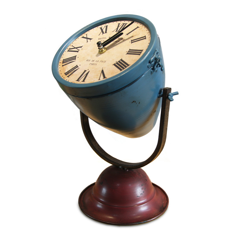 Vintage Desktop Table Antique Style Searchlight Shaped Iron Clock Display Projector Desk Table Led Clock With Time 3DNZV04