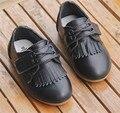 2016 flor da mola de couro shoes princesa solteiro shoes moda barco sapato meninas das crianças do sexo feminino mocassins crianças borla flats shoes