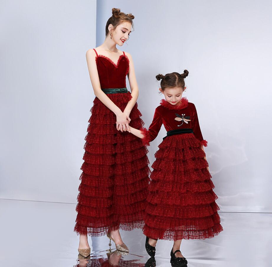 Mãe Vestido de Noiva Meninas Vestidos Filha da Mãe 2019 Verão Jogo Vestido de Festa Olhar Família Mamãe Menina Outfits HW2385 - 3