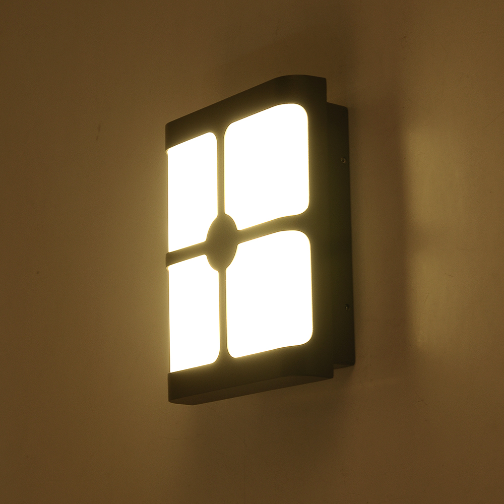 Phantom Indoor Outdoor Led Wall Sconce By Modern Forms At Lumens Com