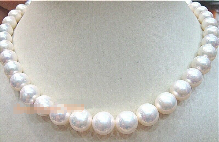 noble women gift 17INCH  GOLD CLASP HUGE AAAA 9-10mm NATURAL south sea white pearl necklacenoble women gift 17INCH  GOLD CLASP HUGE AAAA 9-10mm NATURAL south sea white pearl necklace