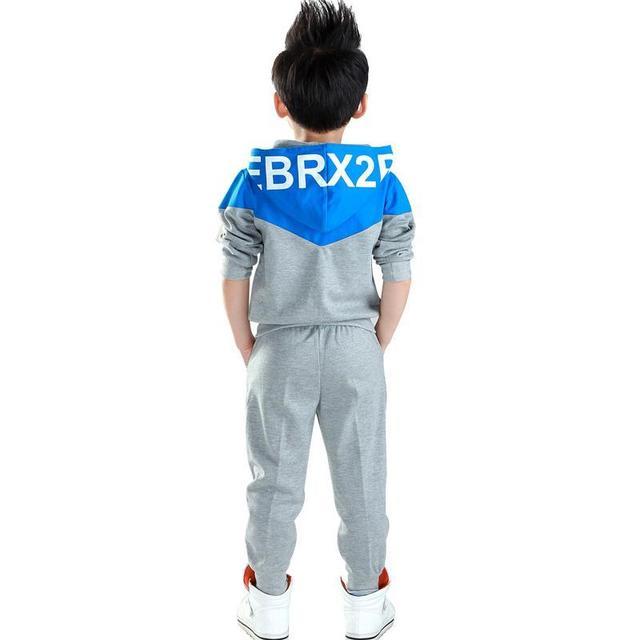 Roupa dos miúdos Meninos 2017 Do Bebê Meninos Outono Hoodied Casacos E Calças casacos Conjunto de Crianças Da Moda Coreano Terno Dos Esportes de Vestuário Para menino