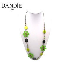 Dandie Trendy Green Necklace, with Flower Shape Wooden and Shell Long Jewelry
