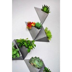 Image 4 - Triângulo forma de parede pendurado cimento flowerpot silicone molde de silicone pote de concreto moldes para decorações de casa s9035