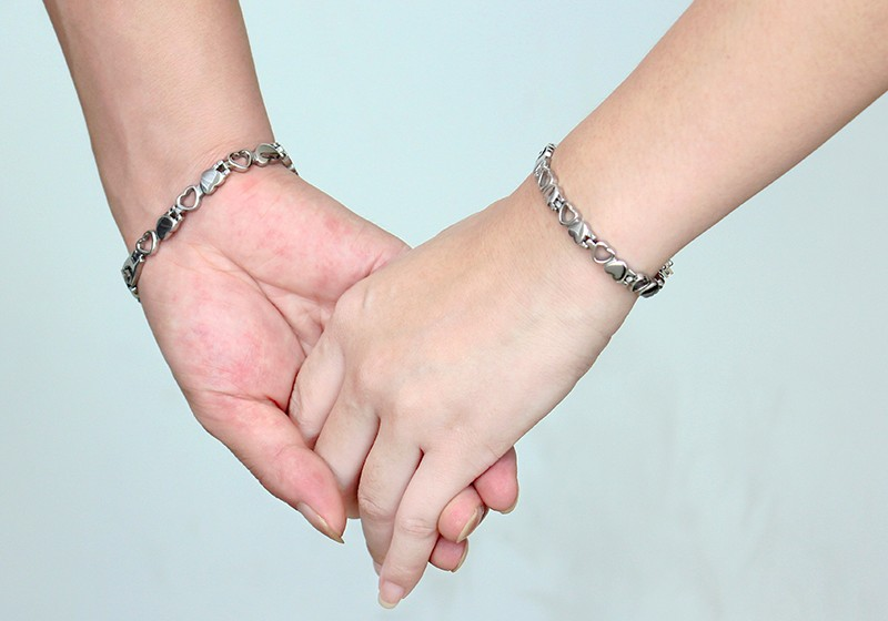 men women Magnetic bracelets 111