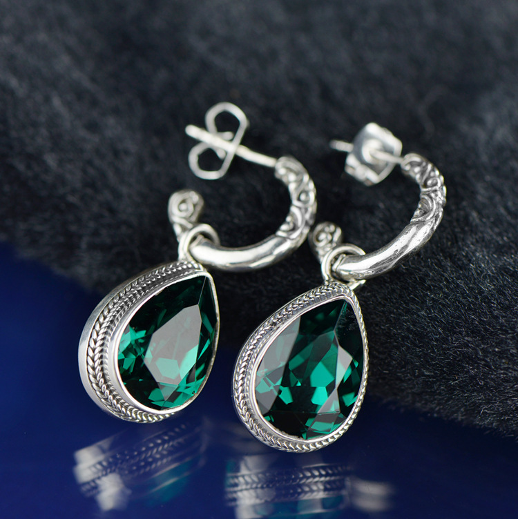2018 Rushed Earings Fashion Jewelry Wholesale Exotic Archaize S925 Fashion Bright Powder Crystal Earrings Manufacturers Selling