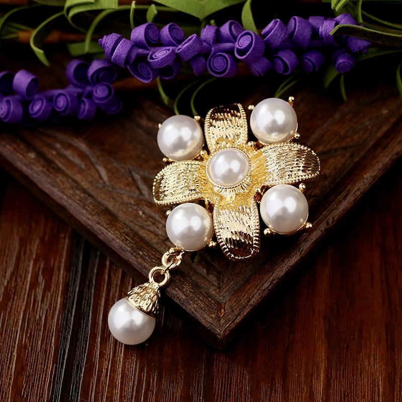 Baroque Royal Enamel Pearl Gold Broche Brooches Scarf Clip Lapel Pins Broche Jewelry Hat Bijoux Brooch Dress