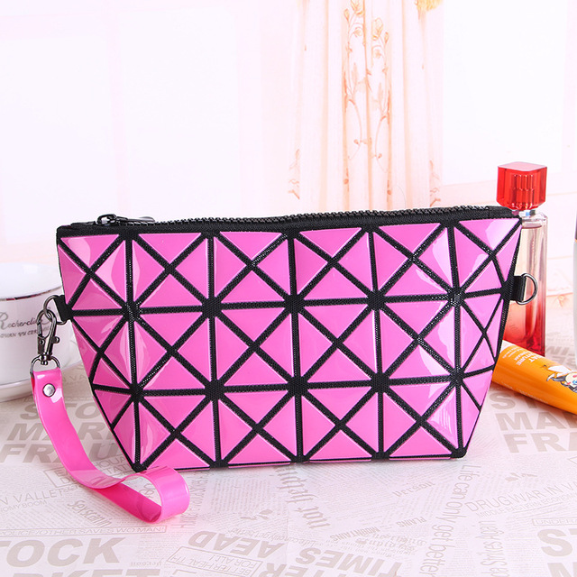 cd1605ae7857 US $7.64 15% OFF 24*8*12cm PU Leather Diamond Lattice Dumpling Type Wash  Organizer Storage Pouch Waterproof Foldable Cosmetic Bags Makeup Cases-in  ...