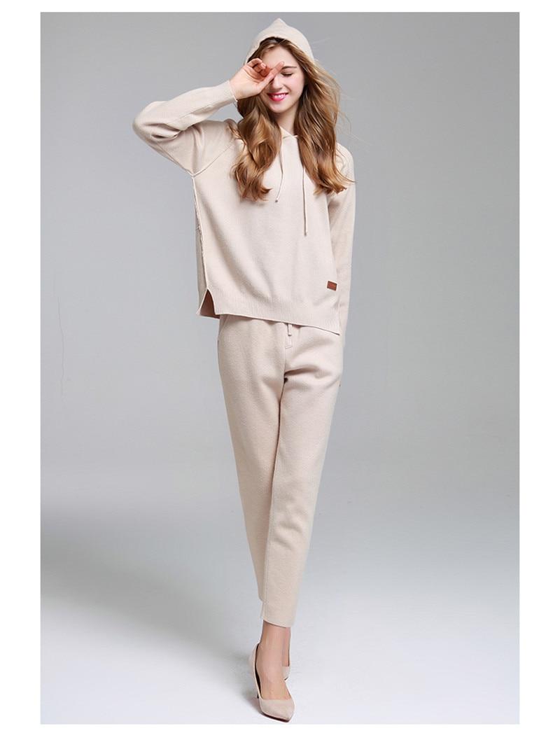 Высокое класс шерсть толстый вязаный для женщин Мода с капюшоном костюмы кофты пуловер ботильоны длина брюки 2 шт./компл. бежевый цвет S/M/L/XL