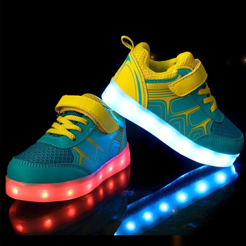 ФОТО Eur 25-36 Kids Sports Sneakers LED Shoes For Kids 2016 Charging Luminous Lighted Colorful LED Lights Children Sports Shoes AG08