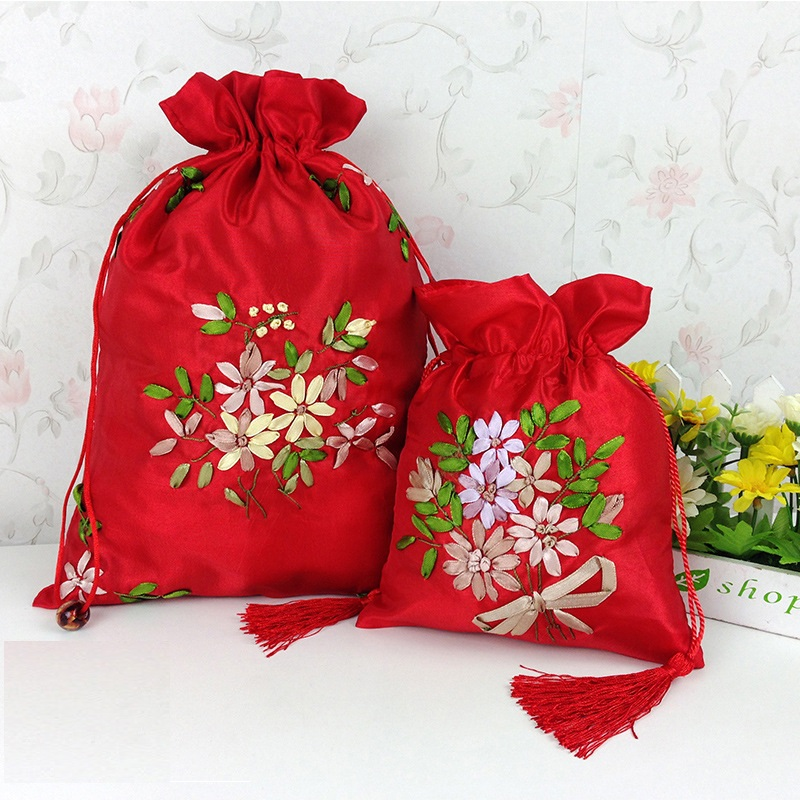 Exquisite Chinese Style Festive Party Supplies Wedding Gift Bags With Drawstring For Women on Hallowens Christmas Wedding Party