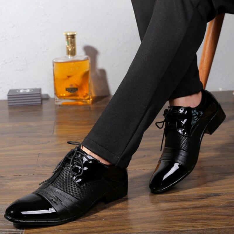 россии осталось мужские лаковые туфли с чем носить фото каждой этих