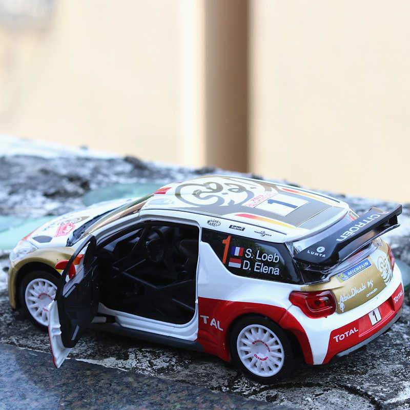1:32 Scale Simulation DS3 Alloy Car Model Diecast Vehicle Toys With Sound Light Rally Racing Cars Educational Kid Metal Auto Toy