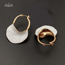 Ciliy Women Statement Earrings Personality High-End Exquisite Metal Dangle Trendy White Bag Golden F88