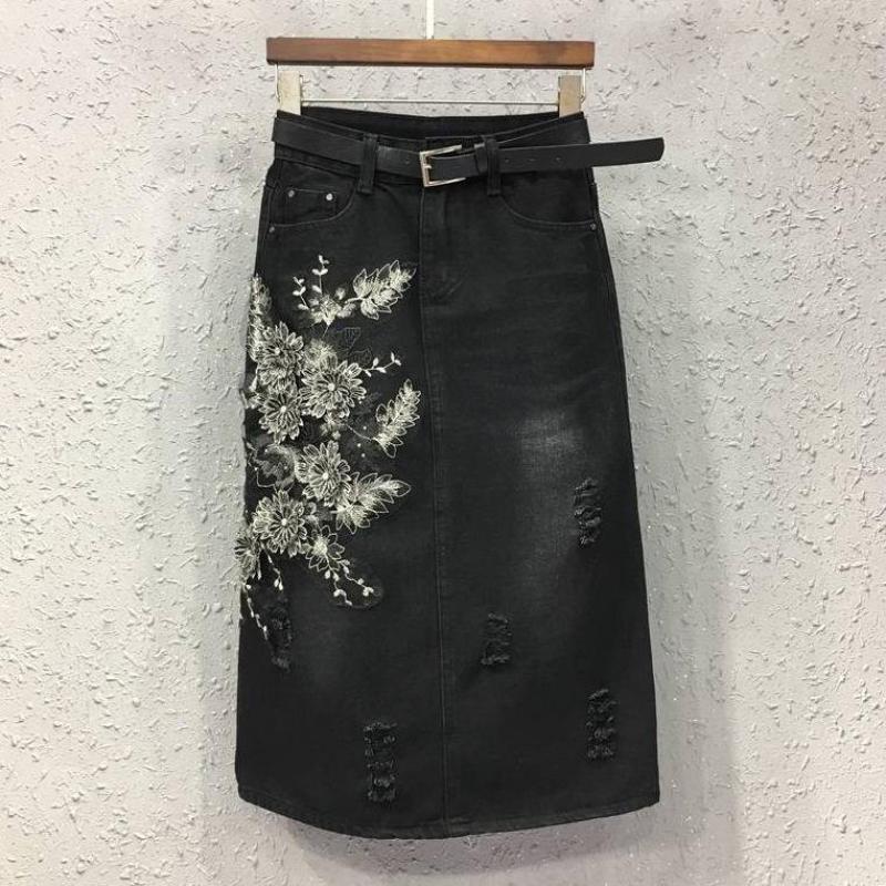 2017 Sommer Frühling Mode Frauen Hohe Taille Stickerei Knopfleiste Black Ripped Denim Rock, Frauen Baumwolle 4xl 5xl Jeans Röcke 2019 New Fashion Style Online
