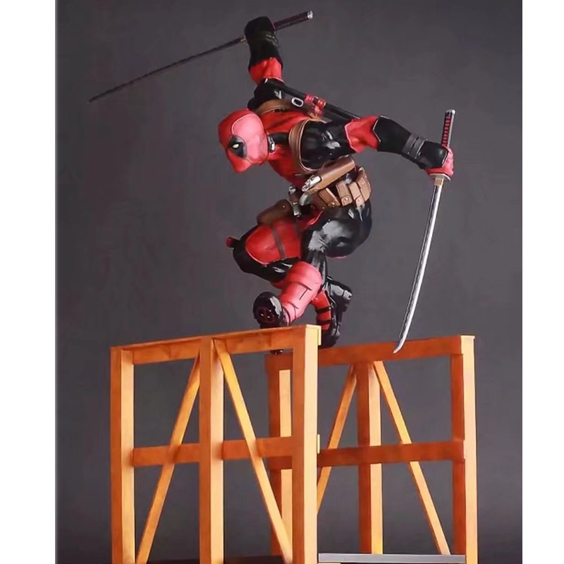 где купить Anime Personality Hurdling Deadpool Action X-MEN Wade Wilson 30CM Home Decoration PVC Action Figure Collectible Model Toy L529 дешево